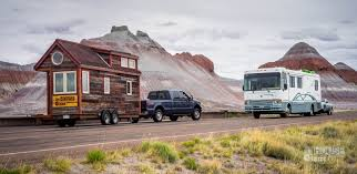 Tiny Home Builder Rv Vs Tiny House When You Need A Home From Home Outdoor Revival