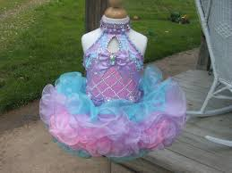 Inexpensive Children S Clothing Best 25 Glitz Pageant Ideas Only On Pinterest Glitz Pageant