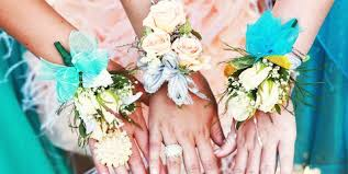 where to buy corsages for prom how to make a prom corsage 7 diy ideas for corsages boutonnieres
