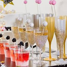 new years chagne flutes glam up chagne flutes wine glasses and tumblers with an ombre