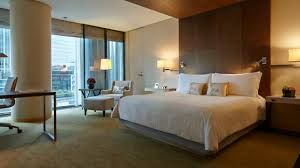 How To Arrange Pillows On King Bed Luxury Deluxe King Room Four Seasons Hotel Tokyo