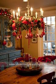 Christmas Dining Room Decorations Best 25 Christmas Chandelier Ideas On Pinterest Christmas