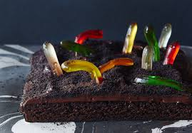 Halloween Worm Cake by Brownies Go Boo With A Gummy Worm Graveyard Kitchn