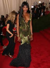 burberry dresses naomi campbell jourdan dunn and others at the