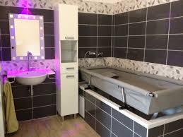 salle de bain ado agema athéo accessoires pour le quotidien des handicapés