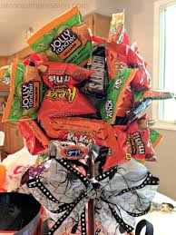 Halloween Candy Gift Basket by Diy Halloween Candy Topiary A Mom U0027s Impression Resource For