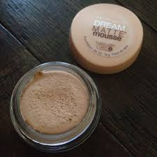 maybelline dream matte mousse classic ivory light 2 review maybelline dream matte mousse foundation bloominzahra