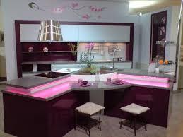 cuisine violine cuisine etoile mélaminé mat violet clair et brillant violine