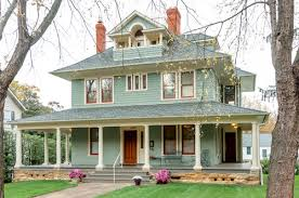 choosing exterior paint colors town u0026 country living