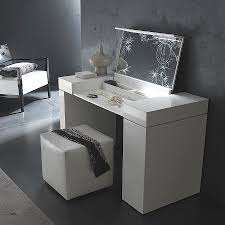 Bedroom Vanities With Lights Vanity Light Vanity Table Set With Lights Luxury Bedroom Vanity