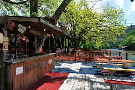 Tiki Hut Austin Best Restaurants On Lake Austin