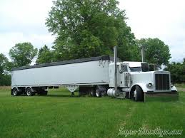 peterbilt show trucks 241 best the peterbilt 379 the mother of all custom trucks images