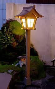 Japanese Garden Lamp by Japanese Garden Lantern At Night Landscaping Pinterest