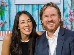 chip joanna gaines chip and joanna gaines magnolia realty in waco texas southern