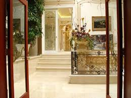 shahrukh khan home interior mannat the most expensive bungalow in mumbai owned by shahrukh khan