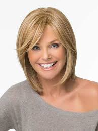 Bob Frisuren Mit Schr Em Pony by 10 Bob Hairstyles With Side Swept Bangs Side Swept Bangs