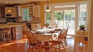 Paint Color Maple Cabinets Wooden Maple Cabinets And Best Paint Color That Can Be Applied On