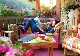 Wohnzimmer Einrichten Pflanzen Balkon Zum Wohlfühlen U2013 So Gestalten Sie Ihren Balkon Wohnlich