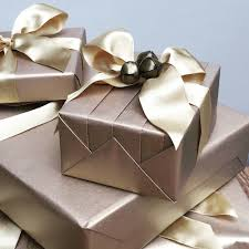 luxury gift wrap celebrating national wrapping day and joining kirstie allsopp on