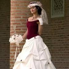 robes de mari e bordeaux robe de mariée bordeaux et chagne t46 48 robes de