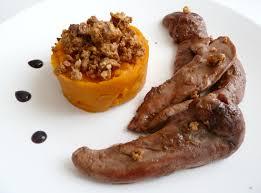 cuisiner les aiguillettes de canard aiguillettes de canard caramélisées purée de potimarron en crumble
