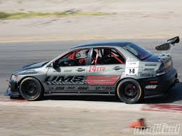 mitsubishi lancer evo modified 2005 mitsubishi lancer evolution 8 5 ums tuning modified magazine
