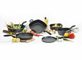Best Cookware For Ceramic Cooktops The Best Cookware From Consumer Reports U0027 Tests Consumer Reports