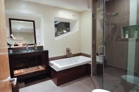 rectangle white porcelain bathtub modern bathroom tile design