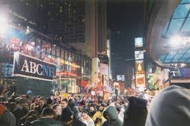 2000 new years file new years 1999 2000 times square jpg wikimedia commons