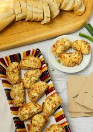 Cocktail Party Hors D Oeuvres - clam canapés recipe