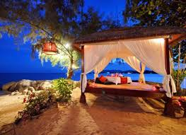 cheap honeymoon 17 unforgettable and affordable honeymoon destinations swifty