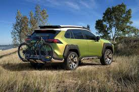 jeep concept 2017 is toyota u0027s beefy cute ute concept taking aim at jeep motoring