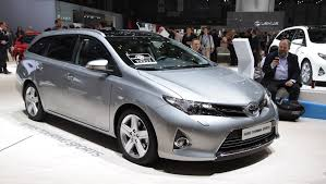 new toyota auris available for 169 a month with 1 000 off and 0