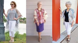the interesting variations of the hairstyles for women over 60 with glasses kimono jackets as a summer fashion trend for women over 60