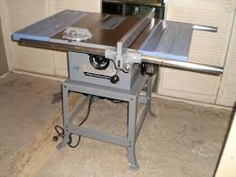 delta 10 inch contractor table saw rockwell delta table saw tilting arbor table saw delta rt rt 7 1 2