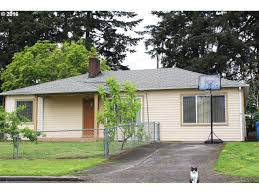 623 se 112th ave portland or 97216 mls 16212821 redfin