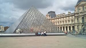 louvre museum at sunset wallpapers free images architecture palace city paris monument travel
