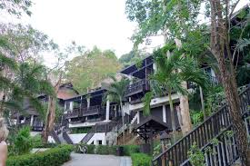 hotel review holiday inn phi phi island