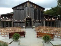 Barn Wedding Tennessee Tennessee Barn Wedding Miranda Lawson Photography The Barn At