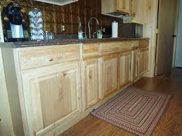 what paint color goes best with hickory cabinets hickory kitchen cabinets information