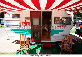 Apache Awnings Red Awning Stock Photos U0026 Red Awning Stock Images Alamy