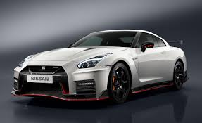 nissan gtr black edition blue 2017 nissan gt r nismo photos and info u2013 news u2013 car and driver