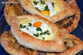 cuisine turque en pide turque au fromage et à la viande reflex gourmand
