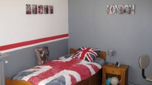 chambre gris et rouge indogate com chambre garcon bleu et gris