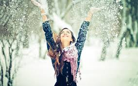 enjoy snow fall with skin by using moisturizers