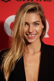 a side part with long hair and a swoop and a cross jessica hart long side part jessica hart long hairstyles