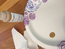 stenciling on leather or vinyl furniture with rub n u0027restore the