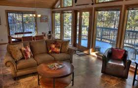 Build An Affordable Home Central Oregon Vacation Rentals Offer An Affordable Home Away From