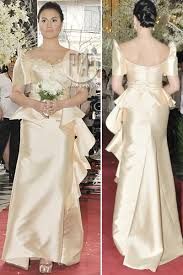 beautiful ladies at the manila hotel wearing the classic maria