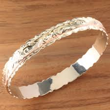 14k tri color gold hawaiian scrolling double bangle cut out edge
